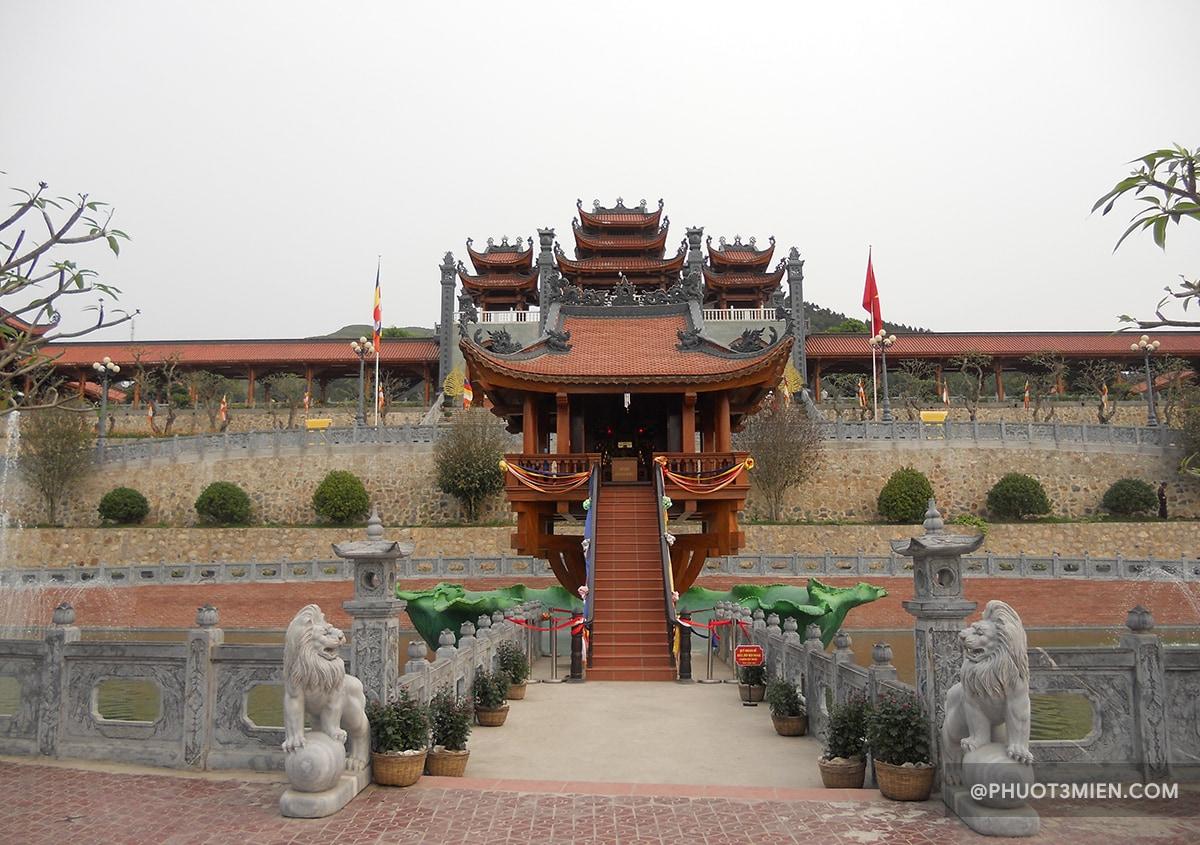 cảnh đẹp trước chùa