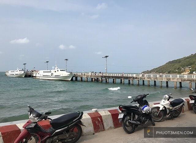 Cầu cảng Hòn Sơn