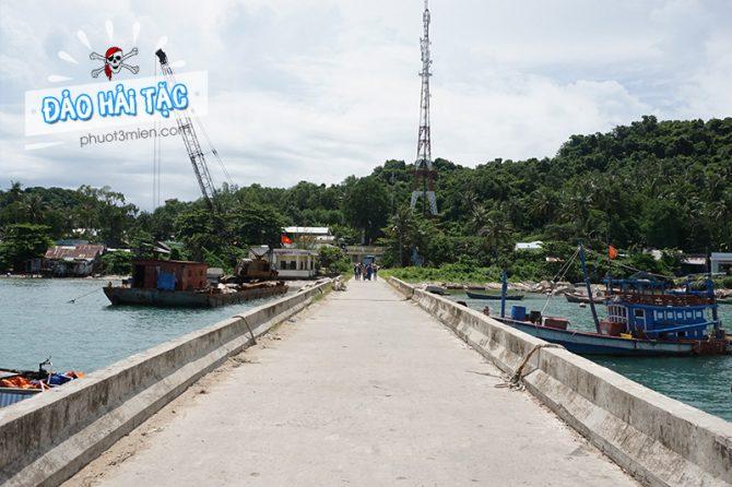 Cầu tàu đảo hải tặc Kiên Giang