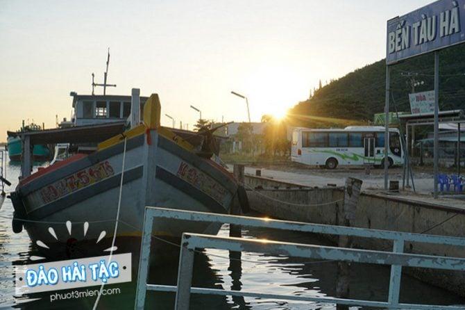 Bến tàu Hà Tiên đi Đảo cướp biển