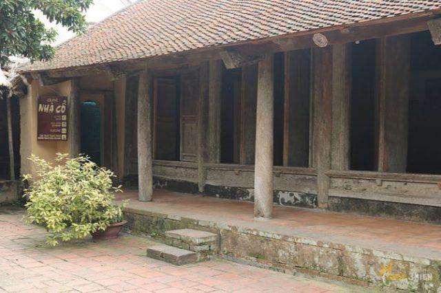 nhà cổ đường lâm