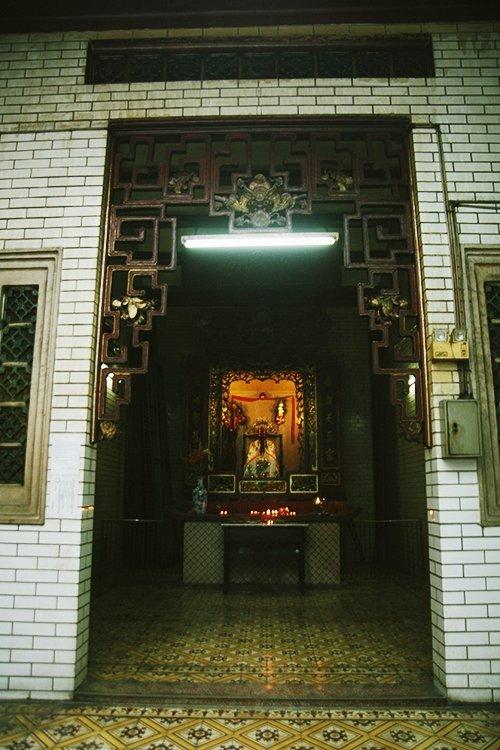 Ba-ngôi-chùa-nổi-tiếng-ở-Sài-Gòn-1