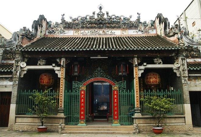Ba-ngôi-chùa-nổi-tiếng-ở-Sài-Gòn