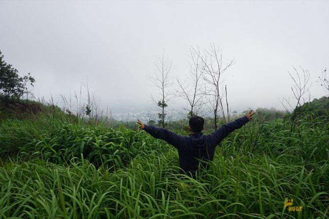 view bao đẹp từ trên đỉnh núi