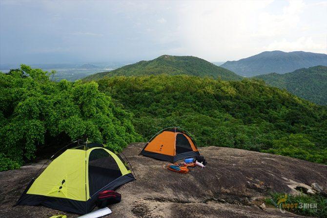 Cắm trại qua đêm trên đỉnh núi Thị Vải
