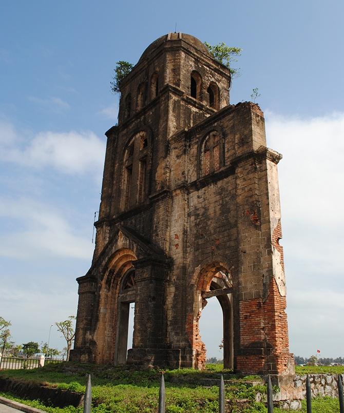 nhà-thờ-tam-tòa