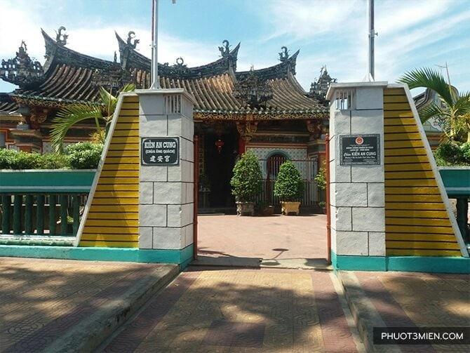 chua-kien-an-cung-4-phuot3mien.com