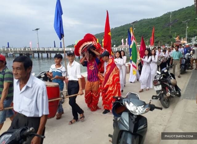 Lễ nghinh ông Nam Hải