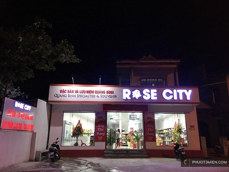 Cửa hàng Rose City bán quà lưu niệm quảng bình