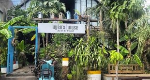 Uyên's House Homestay & Coffee Book