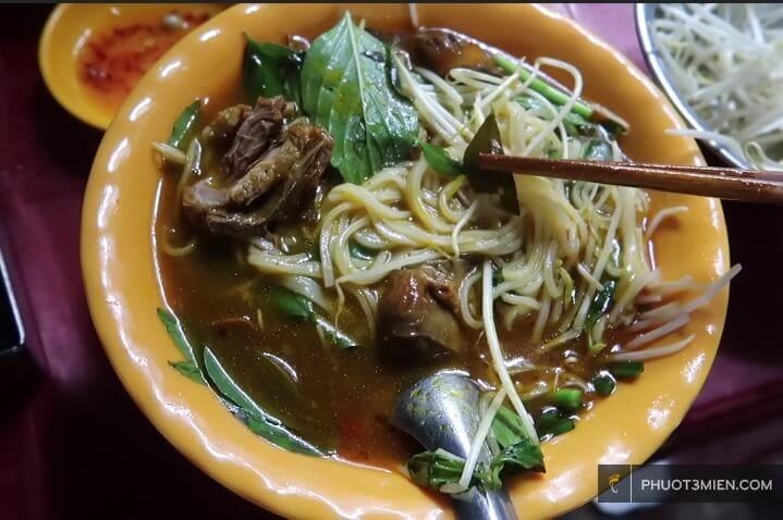 Cà ri vịt ở Bạc Liêu