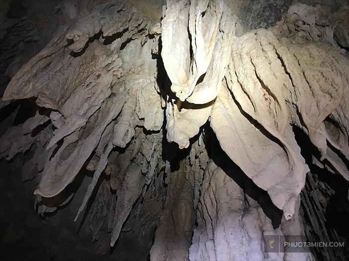 tour hang giếng voọc