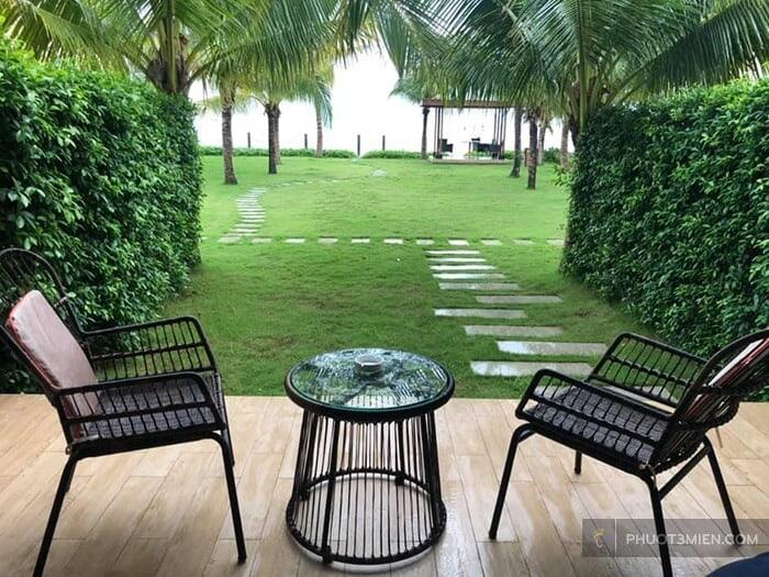 Khoảng sân rộng tại MARINA BAY Resort & Spa 5 sao Vũng Tàu
