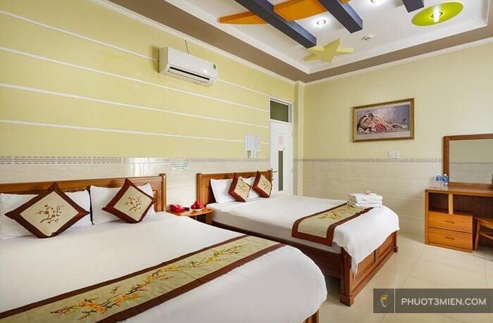 phòng ngủ khách sạn phú quỳnh phan rang