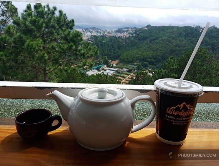 Nhâm nhy ly cafe với view đẹp