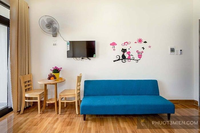 Phòng khách xinh xinh tại homestay loving đà nẵng