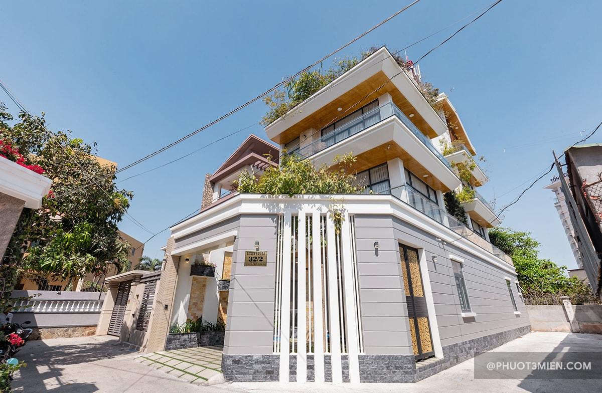 luxury villa 2