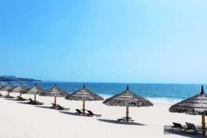 White Sands Resort có bãi biển riêng