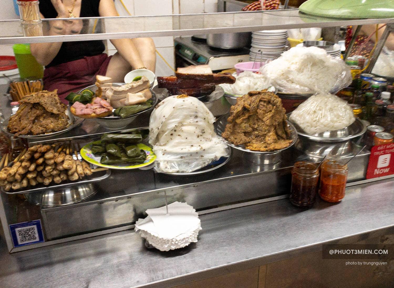 ăn gì ở chợ cồn