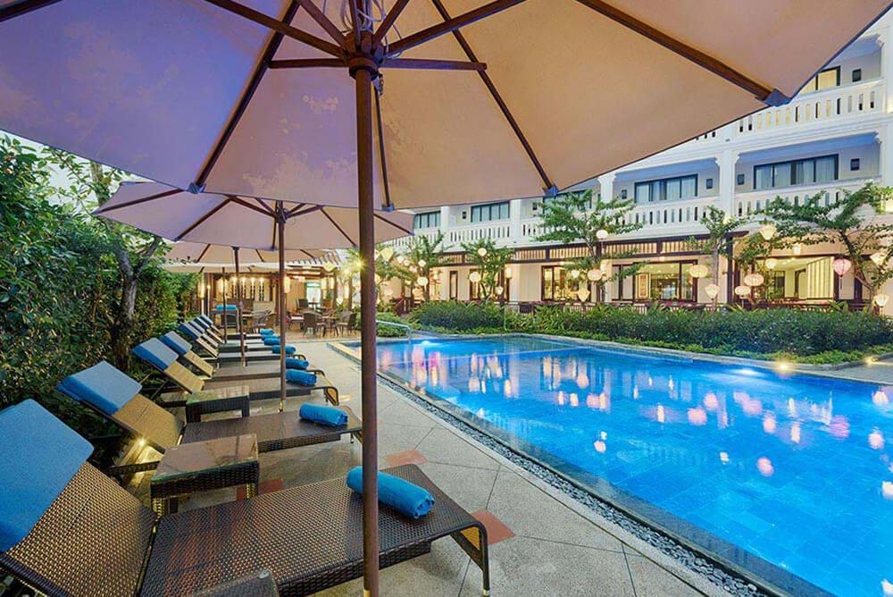 khách sạn a little beach hội an