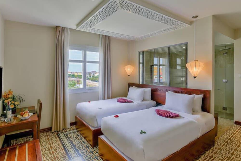 khách sạn hội an ven sông