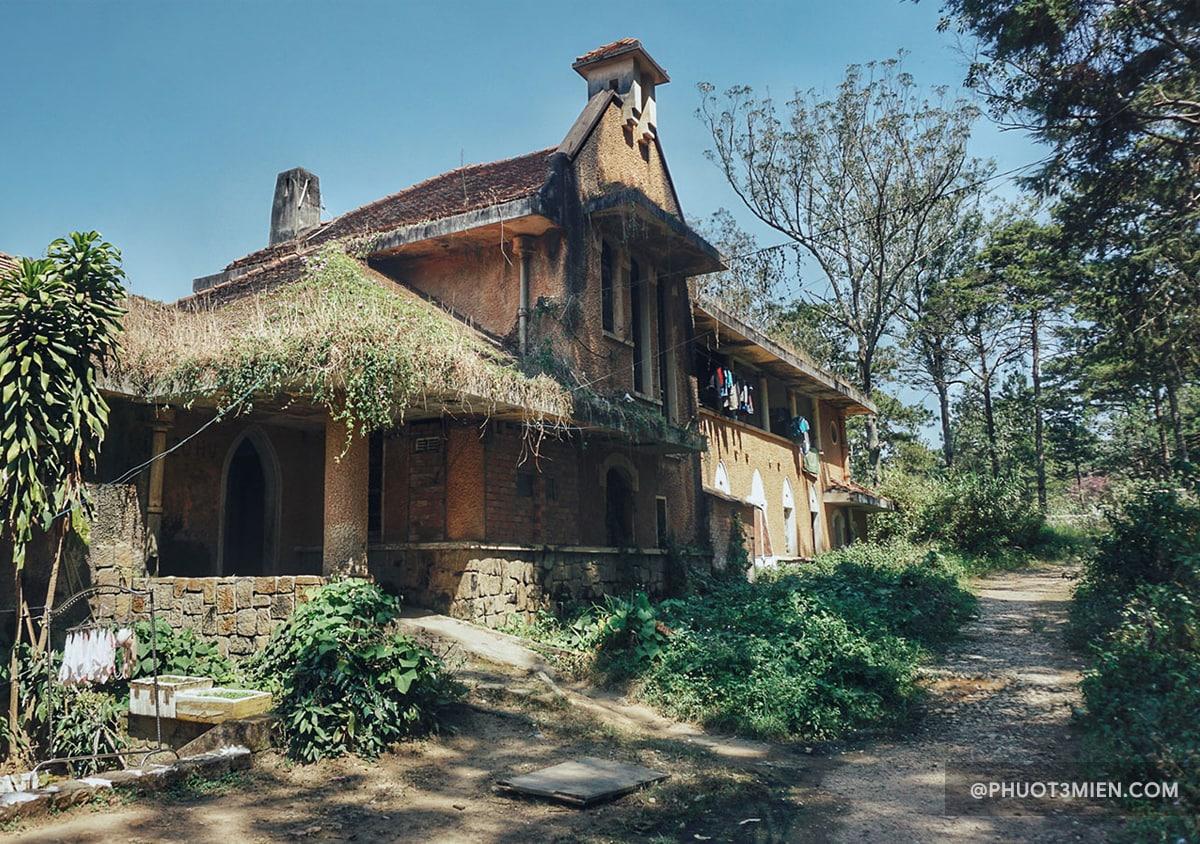 kiến trúc gothic đặc trưng