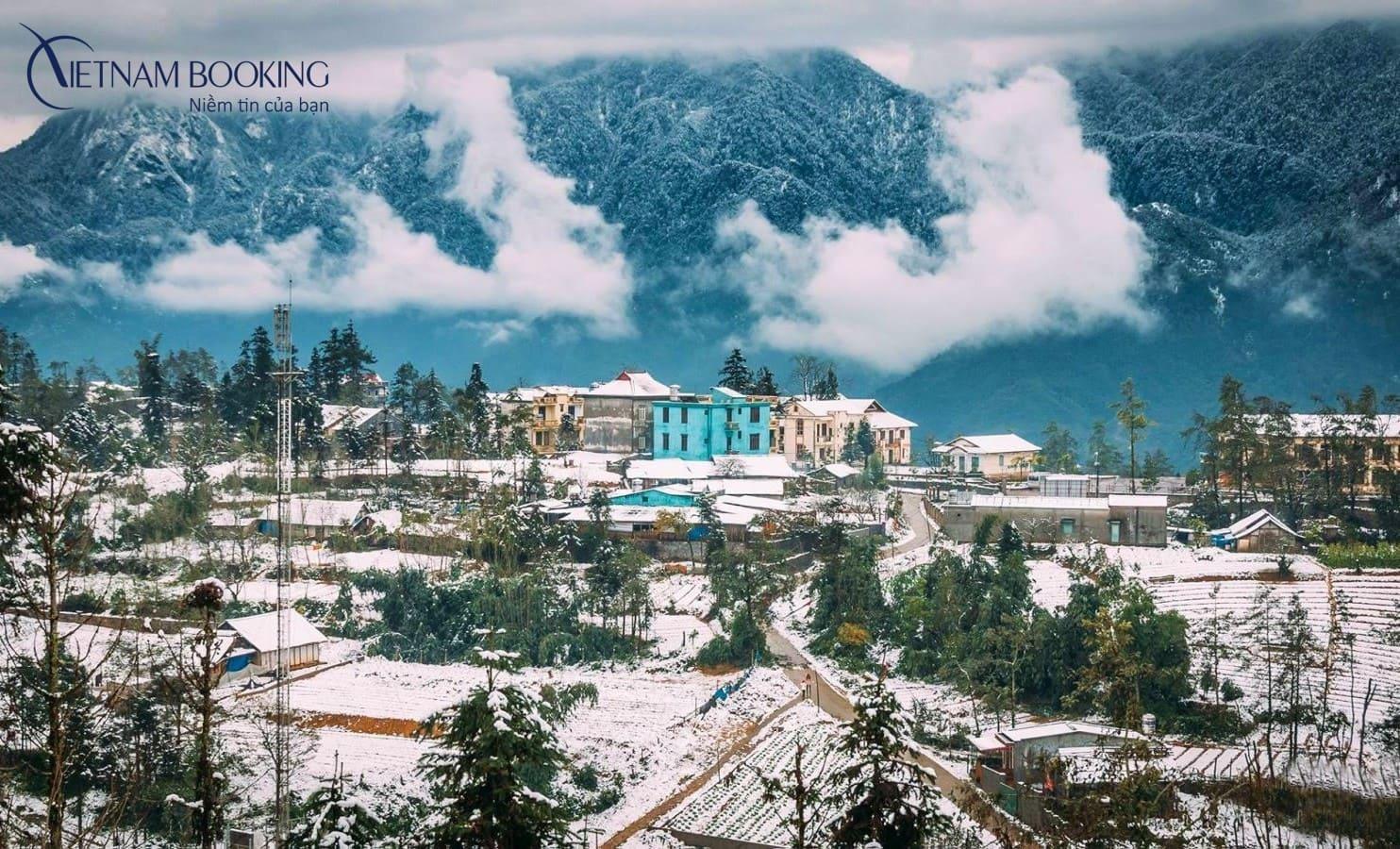 Vẻ đẹp huyền bí của thị trấn Sapa dưới lớp tuyết trắng tinh khôi. Ảnh: Internet