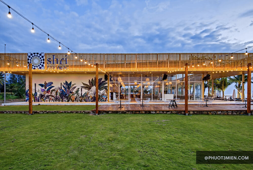 Shri Beach Club & Bar