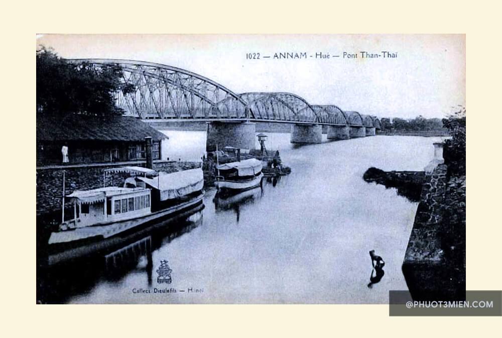 cầu trường tiền xưa
