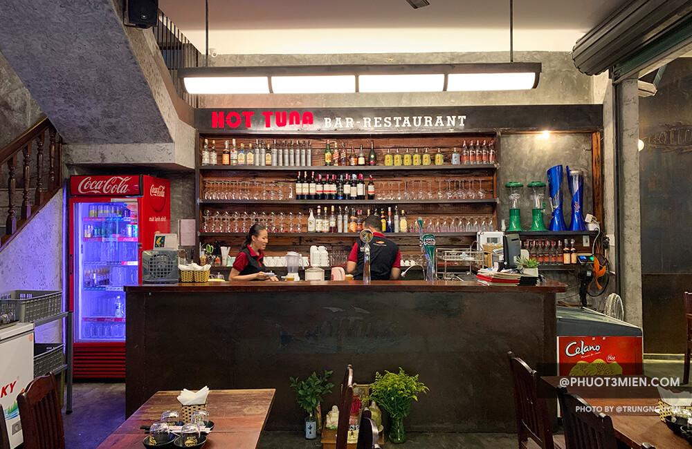 HotTuna bar & Restaurent