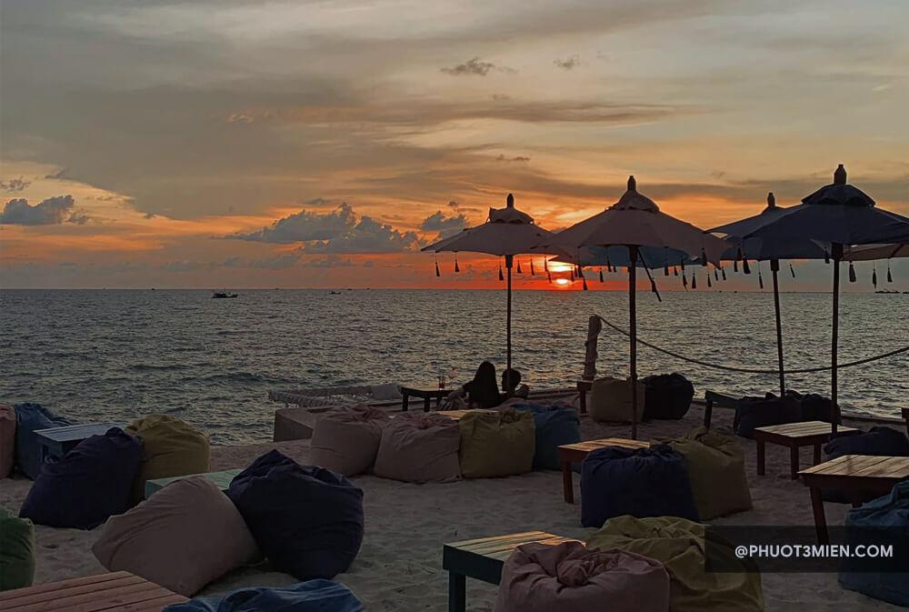 ocvan beach bar phú quốc