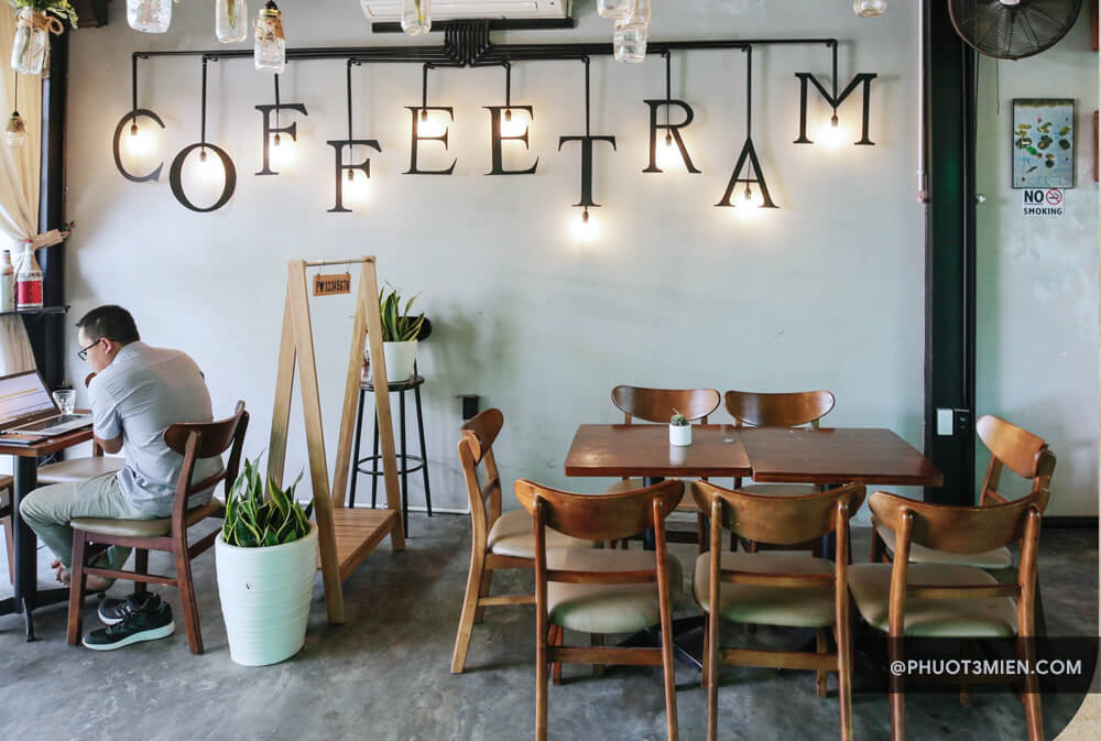 trầm coffee huế