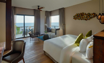 ONE BEDROOM PANORAMIC OCEAN WITH BALCONY