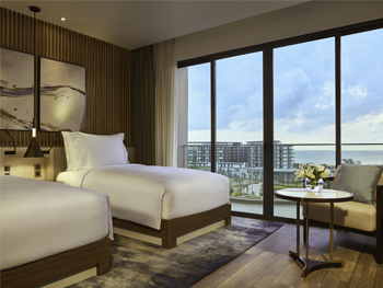 Studio Sea View Twin Room with Balcony