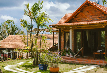 DELUXE FAMILY BUNGALOW WITH SEA VIEW